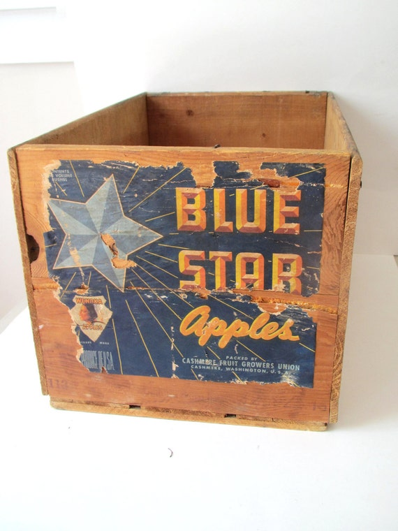 Vintage fruit crate blue star apples wooden crate box for Wooden fruit crates