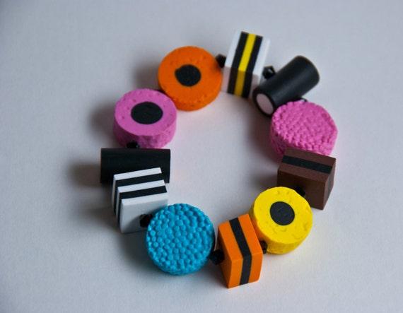 Licorice allsort stretch bracelet