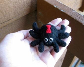 Spider Miniature - Felted Animal - Black Widow