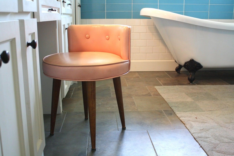 Vintage Chic Round Vanity Chair Seat Mid Century Modern Pink