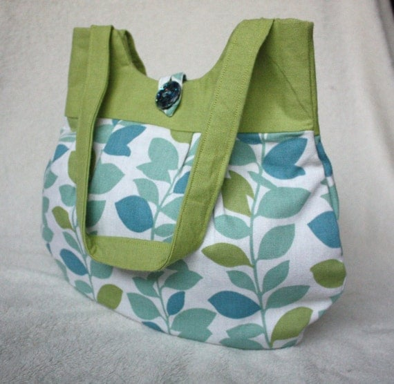 Wristlet and Tote Combo -Green and turquoise leaves - perfect for spring