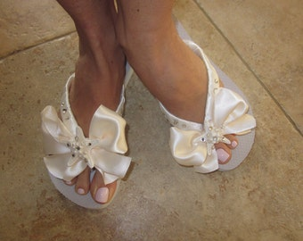 Flip Flops/Wedges for Bride. Beach Wedding. Starfish Wedding Shoes Flip Flops with BOW.Beach Wedding Accessories.