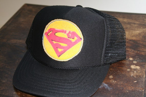 superman youth size (5-11 yrs.) trucker hat