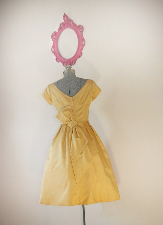 Vintage 1950s Yellow Satin Party Dress with Giant Back Bow