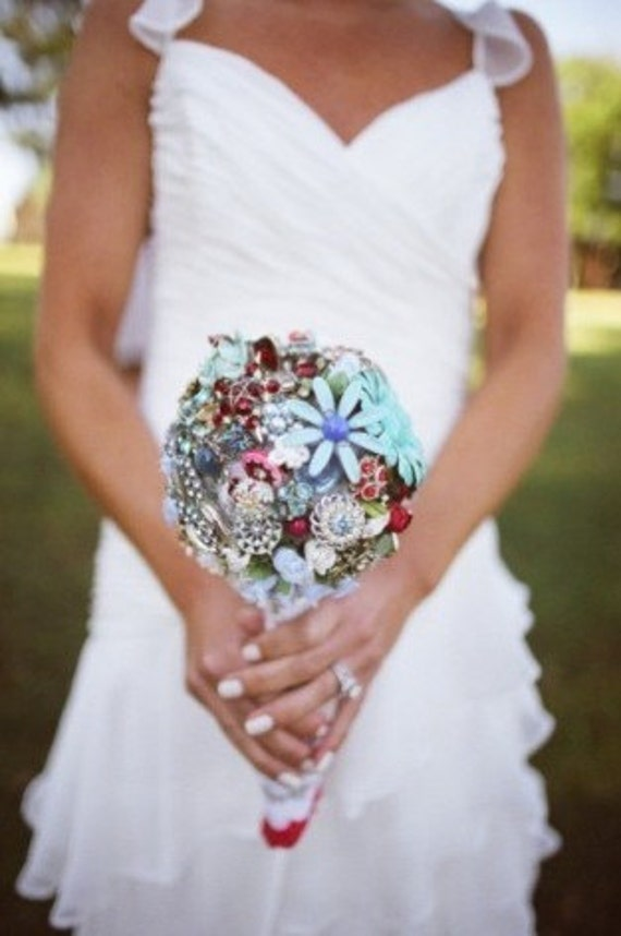 Vintage Brooch Bridal Bouquet -  Reserved for shirima