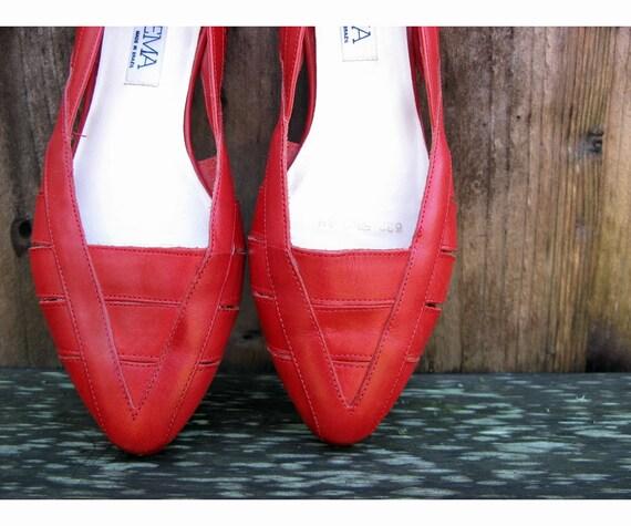Vintage Red Leather Sandal Flats - Size 8
