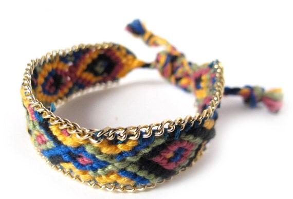 Friendship bracelet with Gold Chain multicolor