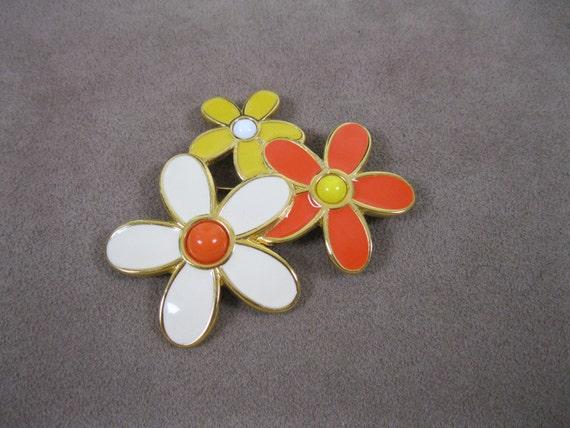 1960s Monet Daisy Brooch 60s Mod Yellow Orange White Pin