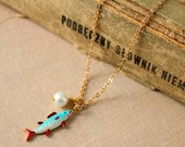 you sea love - 14 k gold coated on silver  vintage style necklace with a fish pendant and a freshwater pearl