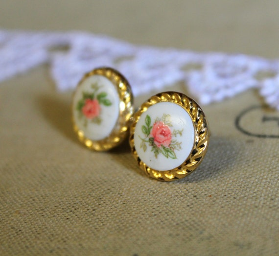 English pink rose in gold   - Victorian shabby chic vintage style stud earrings  .