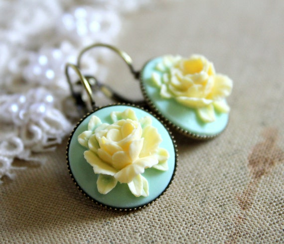 Seafoam mint  rose  Earrings vintage shabby chic Victorian style Elegant shabby chic rose  - vintage gorgeous rose earrings