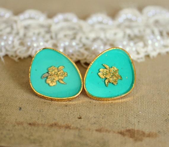 Turquoise royal stud velvet earring - Victorian shabby chic vintage style .