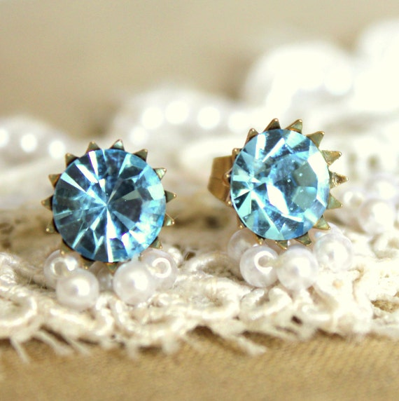 Post earrings Blue shiny swarovski real 972 silver coated 18k gold