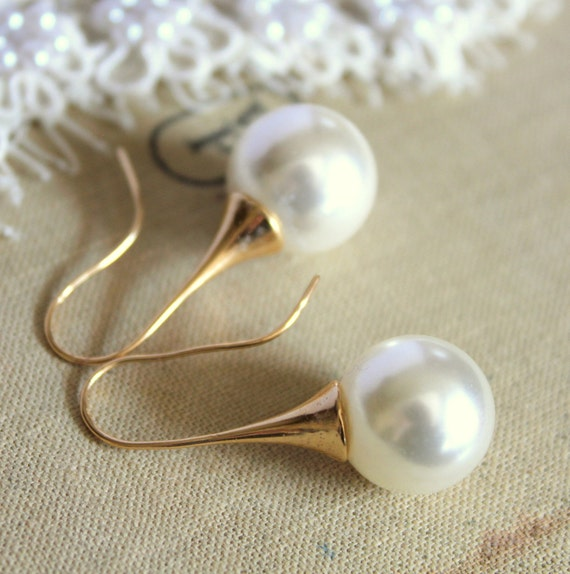 Classic big pearls - Gold field earrings & real Majorca perfect  white round pearls