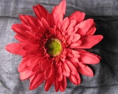 Red flower, dahlia hairclip
