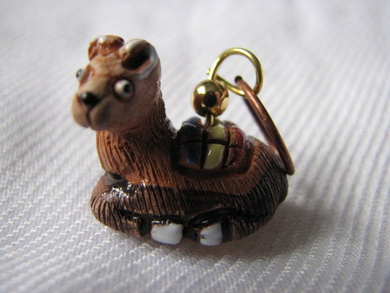 Brown llama stitch markers for knitting