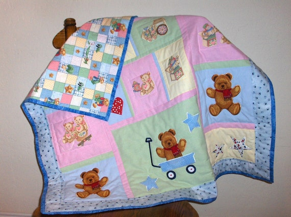 Love Bears All Things Quilt for Infants or Toddlers
