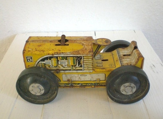 Vintage Marx Wind-up Tractor Lithiographed Tin 1940's GallivantsVintage