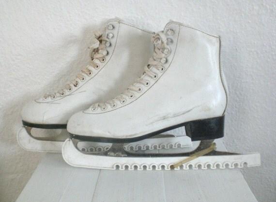 Vintage Ice Skates Women's Size 8 White