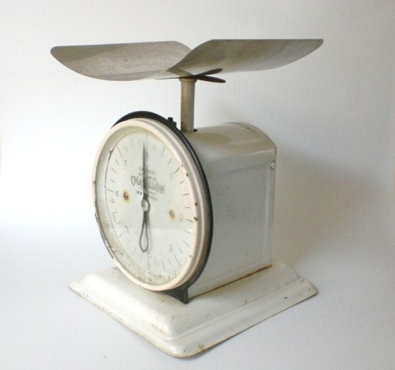 Vintage Chatillon Scale Antique White Curved Pan FINAL MARKDOWN