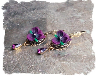 Vintage Inspired Purple Pansy Earrings