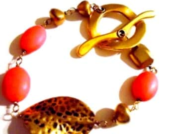 Hot Pink Bracelet - Turquoise Gemstone Jewelry - Yellow Gold Jewellery - Neon - Leaf B-9