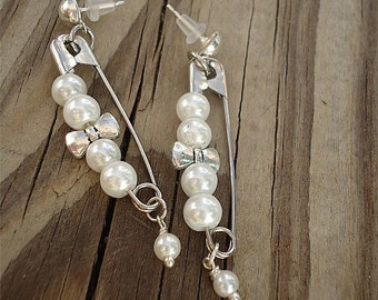 Safety Pin Earrings - Pearl Jewelry - Silver Jewellery - Hipster - Funky - Mod - Fashion  ER-TBM