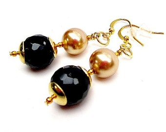 Black Earrings - Gold Jewelry - Mother of the Bride Jewellery - Wedding Gifts - Unique - Handcrafted - Bridesmaid