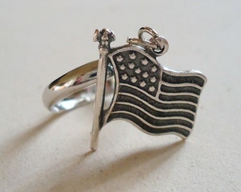 Flag Ring Silver Jewelry USA Patriotic Jewellery July 4th Stars and Stripes Dangle Charm Adjustable