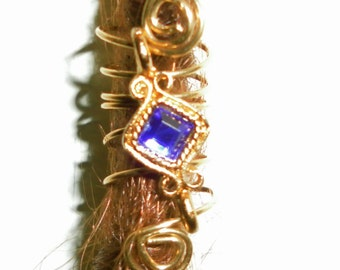 Buy 3 & get 4: Blue dreadlock bead
