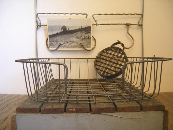 Vintage wire desk basket