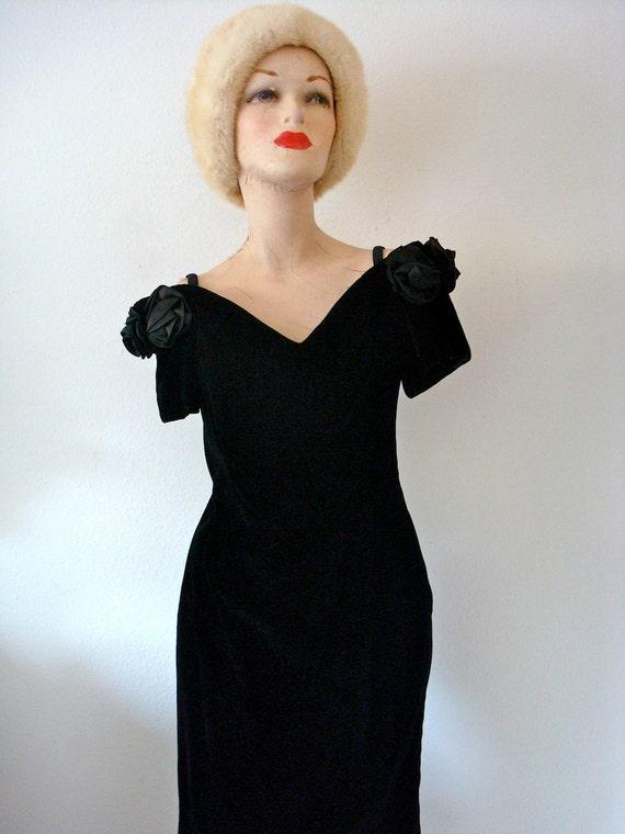 1980s Cocktail Dress / Vintage Black Velvet Wiggle Dress / rosebud