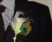 IVORY CALLA LILY  -  Flower Boutonniere With White Ostrich & Peacock Feathers And Teardrop Pearls, Hand Made