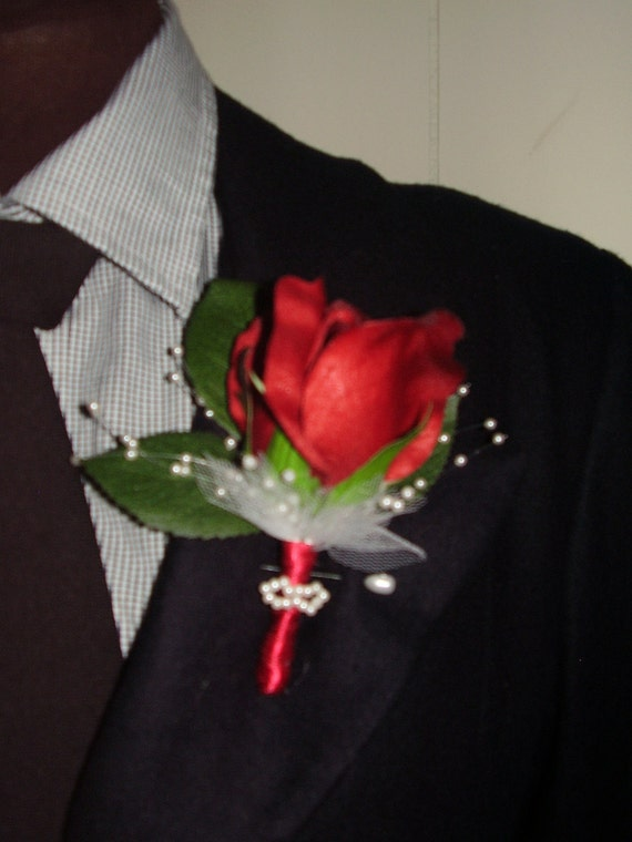 DARK RED ROSE  -  Flower Boutonniere With Small Pearls Strands And White Tulle Flowers, Set For Groomsmen, Hand Made