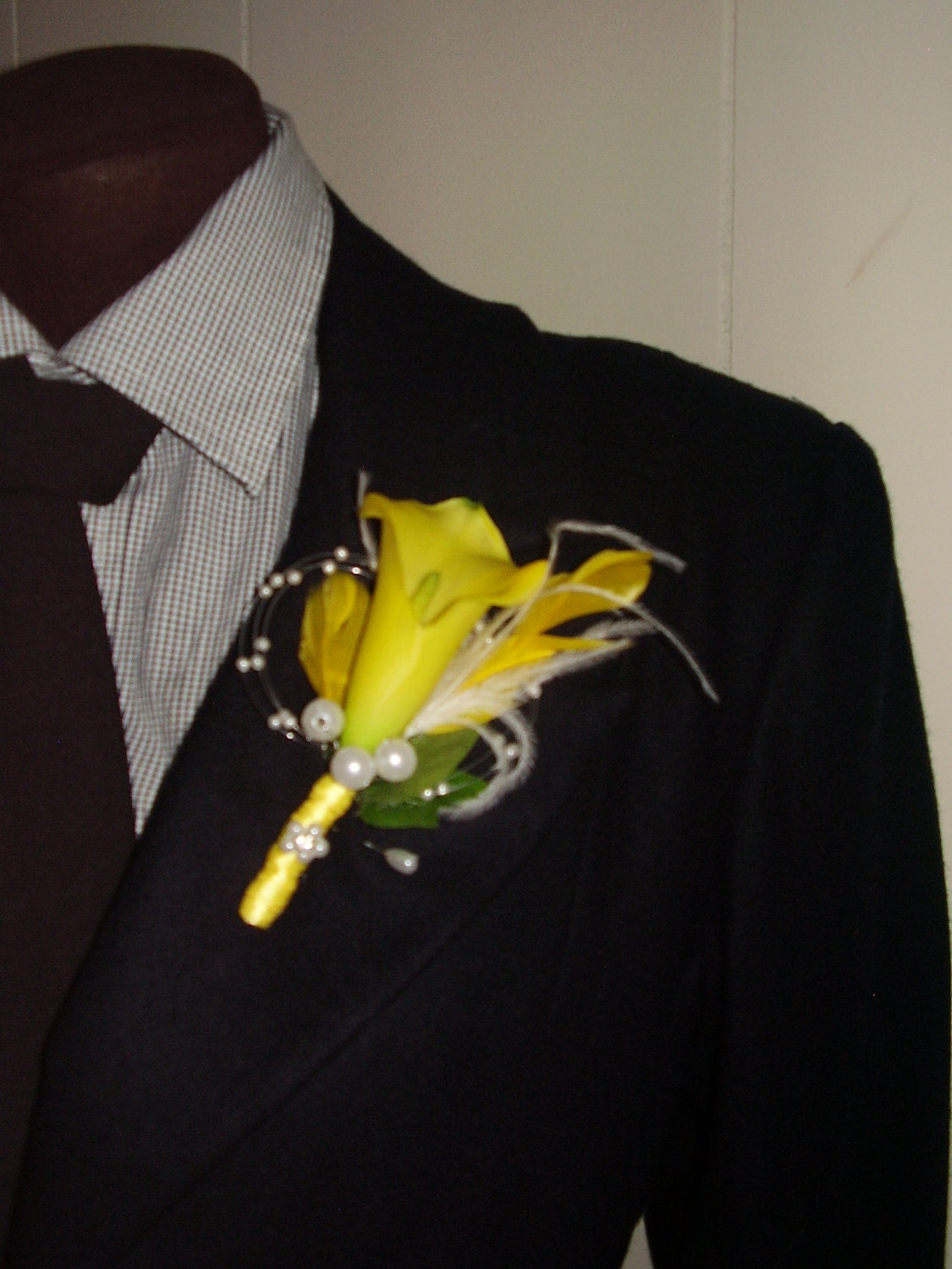 Yellow calla lily flower boutonniere with yellow and white zoom dhlflorist Images