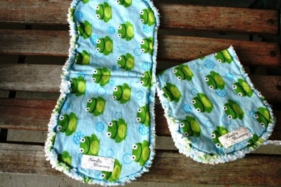 2 Froggies Flannel Burp Cloths