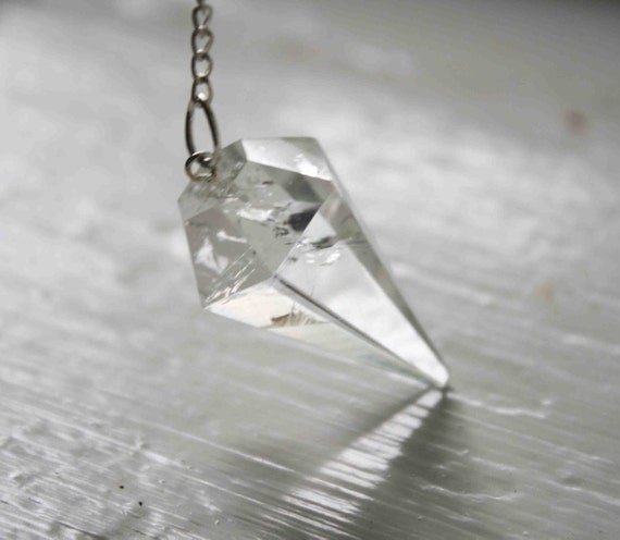The Clearest Quartz Pendulum Super Seven Metaphysical Healing Natural Stone Raw Stone