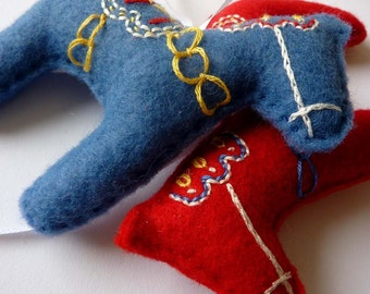 Embroidered Dala Horse Ornament - Set of Three
