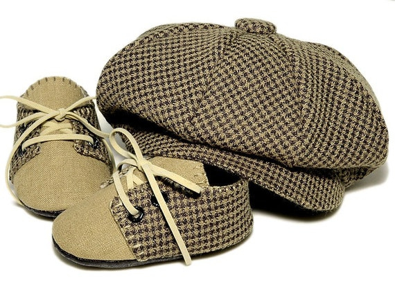 Lucas Baby Boy Hat and Shoes, Houndstooth and Linen. Sporty, Infant, Handmade by pink2blue.