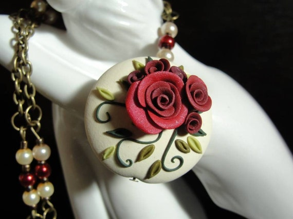 Romantic English Rose Necklace