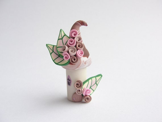Polymer clay fairy house home miniature in caramel and pale pink colours