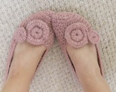 CROCHET PATTERN instant download - Cosy Home Slippers - creamy soft salmon pink alpaca crocheted shoes tutorial PDF