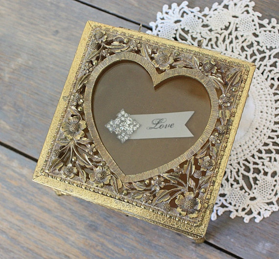 Vintage Heart Jewelry Casket Gold Filigree