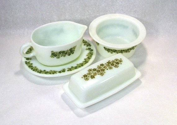 Pyrex,Crazy Daisy/Spring Blossom, Gravy Boat, Butter Dish, Margarine Tub container