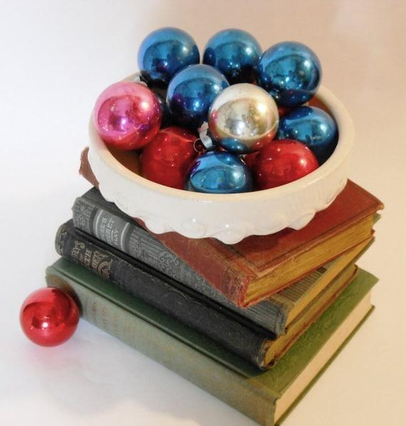 SALE, Vintage Shiny Brites, Christmas Ornaments, Solid Colors, 1950s. lot of 15.