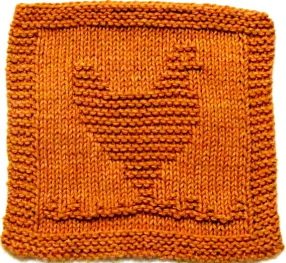 Knitted Cloth Patterns : Chicken Washcloth Dishcloth Knitting Pattern by ezcareknits