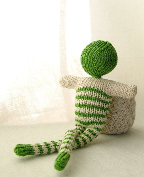 Green striped doll - bonhomme