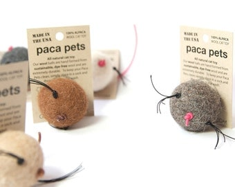 1 Paca Pet with Whiskers -  Natural Alpaca Wool Cat Toy