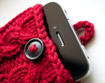 Hollyberry Red Double Cable Knit Phone Case (iPhone 3/4/4S/5/5S/5C/6/6+/7/7+)