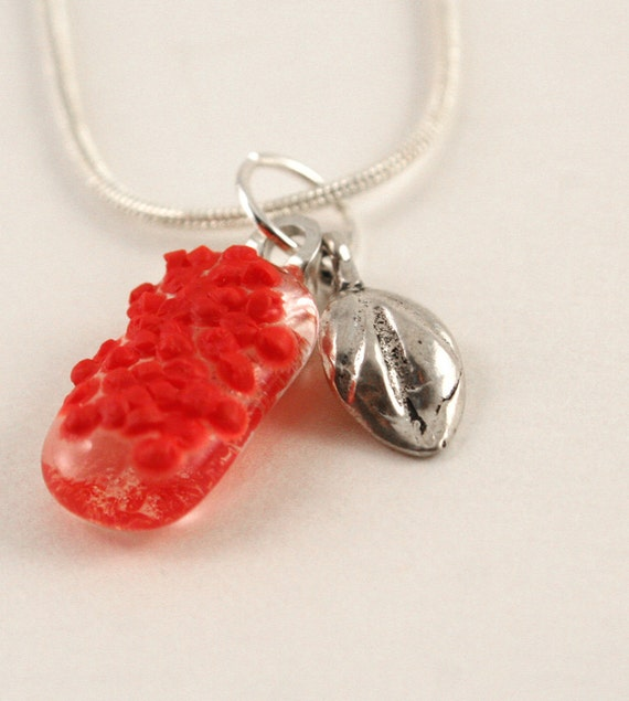 Textured red nuggets fused glass necklace